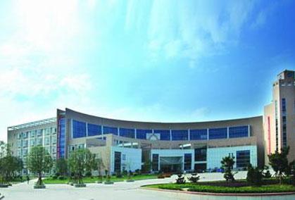 吉林工商学院新校址_吉林工程技术师范学院坐落在风光秀美的历史名城吉林